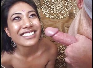 Amateur,blowjob,hardcore,indian,hd videos,cum In Mouth,threesome
