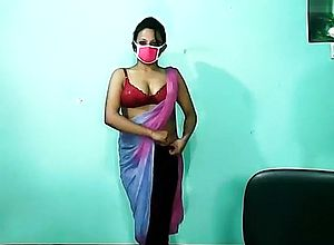 solo,webcam,chaturbate,straight,brunette,indian,strip