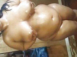 Thick Tits,big butt,blowjob,indian